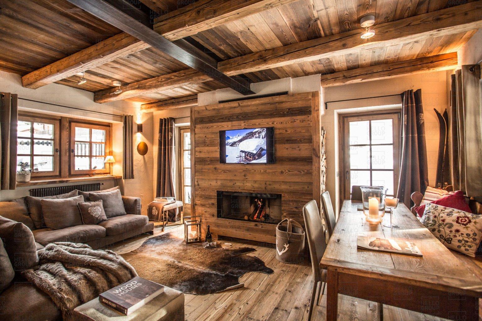 Chalet di design in montagna chalet maison bianca for Le case design